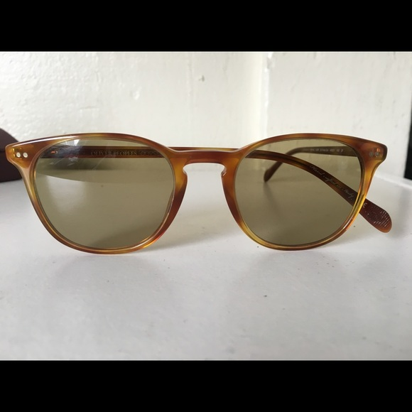 7d7c7194b97e Oliver Peoples Accessories